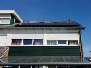 Zonnepanelen-op-daken-5